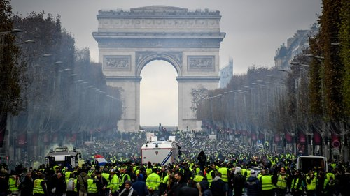 Champs Elysee's Yellow Vest protest for New Years Eve