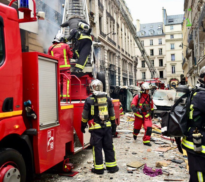A powerful explosion badly damaged a bakery in central Paris on Saturday morning #Breaking #News